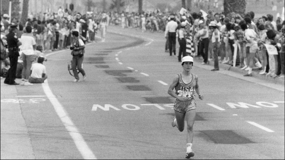 L'Américaine Joan Benoit, championne du marathon de Los Angeles en 2 h 24 min 52 s