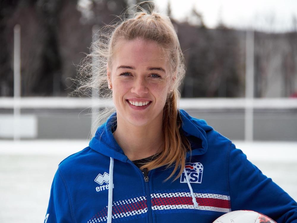 Dagny Brynjarsdottir, numéro 10 des Islandaises