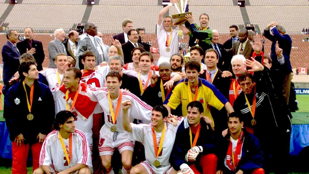 L'équipe canadienne de soccer célèbre sa conquête de la Gold Cup.