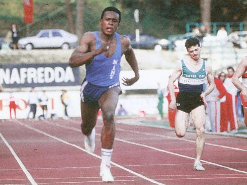 Bruny Surin à ses débuts en sprint, à Sienne, en Italie, en 1989.