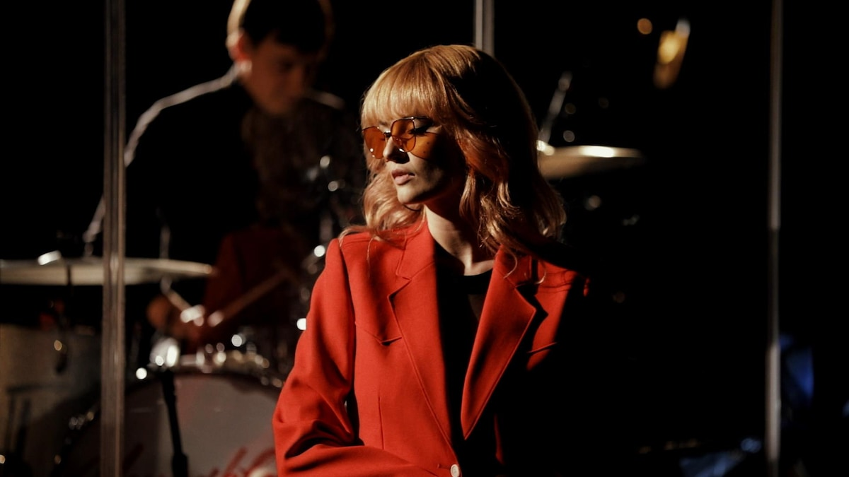 first play live: blonde diamond, fantasy love - cbc music