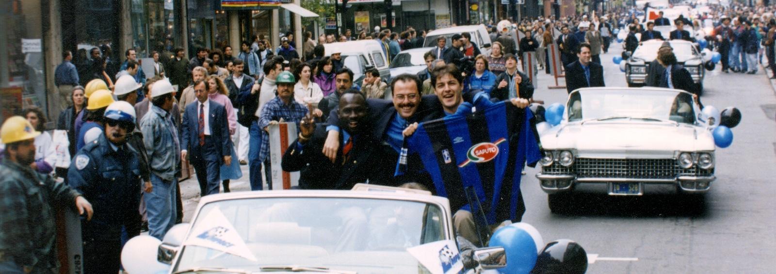 Le défilé de l'Impact de Montréal après la conquête de son championnat de l'APSL en 1994