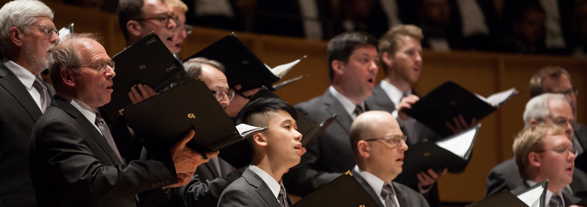 Chor Leoni men's choir celebrates Leonard Cohen on new album