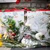 Les Torontois avaient été nombreux à déposer des fleurs et des messages de condoléances à la suite du drame.