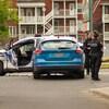 Des policiers sur une scène d'accident.