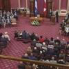 L'assermentation des 74 députés de la CAQ a eu lieu dans le Salon rouge de l'Assemblée nationale.