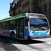 Un autobus de la STO au centre-ville d'Ottawa. (03-04-15)