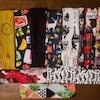 Plusieurs modèles de bandeaux en tissu.