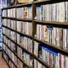 Étalage de films dans un club vidéo (archives).