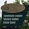 Une pancarte indiquant la Commission scolaire Western Quebec.