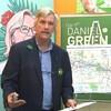 Daniel Green lors d'une conférence de presse.