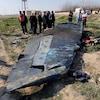 Des débris du Boeing 737-800 de la compagnie aérienne Ukraine International Airlines, vol PS752, qui s'est écrasé après son décollage de l'aéroport iranien Imam Khomeini, dans la banlieue de Téhéran.