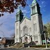 L'église de Notre-Dame-des-Sept-Allégresses sur le boulevard Saint-Maurice, à Trois-Rivières.