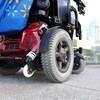 Un fauteuil roulant électrique