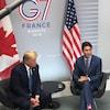 Le premier ministre canadien, Justin Trudeau, et le président américain, Donald Trump, lors d'une rencontre au sommet du G7 à Biarritz, en France, le 25 août 2019.
