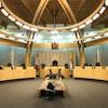 La salle de l'assemblée législative du Nunavut.