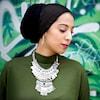 Haleema Mustafa sur une photo de mode.