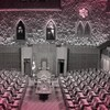 Montage photo montrant une version altérée de la Chambre des communes du Canada.