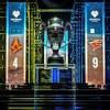 Une photo montrant le trophée des Intel Extreme Masters de Katowice sur la scène principale de l'événement.