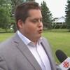 Le président de la Commission de la relève de la Coalition Avenir Québec, Kevin Paquette, accorde une entrevue à Radio-Canada.