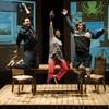 Des comédiens dans une scène de la pièce La plus grosse poutine du monde