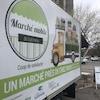 Gros plan sur le logo du Marché mobile de Gatineau.
