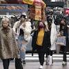 Des femmes portant des masques à New York.