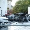Cinq véhicules ont été détruits par un incendie.