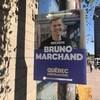 Une affiche du chef du parti Québec Forte et Fière, Bruno Marchand, à Québec.