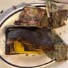 De vieux billets de deux dollars dans un portefeuille vieux de 50 ans retrouvé lors de travaux au restaurant Le Continental à Québec