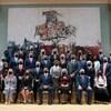 La gouverneure générale, Mary May Simon, est assise avec le premier ministre canadien, Justin Trudeau, et les membres du Cabinet.