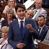 Le premier ministre Justin Trudeau a défendu la décision de son gouvernement d'acheter le pipeline Trans Mountain, lors de la période de questions à Ottawa mercredi.