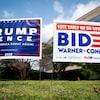 Des affiches en appui à Donald Trump et Joe Biden, en Virginie.
