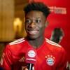 Alphonso Davies, en entrevue avec l'équipe médias du Bayern Munich