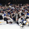 Les Blues de Saint Louis, champions de la Coupe Stanley.