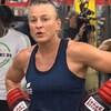 Maria Lindberg prend une pause à l'entraînement