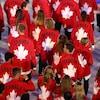 Plusieurs membres de la délégation canadienne à la cérémonie d'ouverture des Jeux de Rio en 2016.