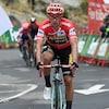 Il franchit le fil d'arrivée de l'avant-dernière étape de la Vuelta de 2019.