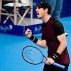 Andy Murray serre le poing en signe de victoire