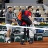 Andy Murray quitte le central après sa défaite aux mains de Stan Wawrinka