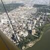 Une vue aérienne sur le centre-ville de Saskatoon en été