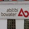 Bannière publicitaire d'AbitibiBowater affichée sur l'usine de Grand Fall-Windsor.