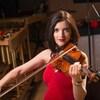 Virginie Gagné jouant du violon.