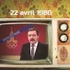 Un poste diffuse une image de l'animateur du Téléjournal Jean Ducharme avec une mortaise où est écrit le mot boycottage plaqué du logo des Jeux olympiques d'été de Moscou.