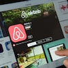 Aperçu de l'application Airbnb sur un ordinateur portable.
