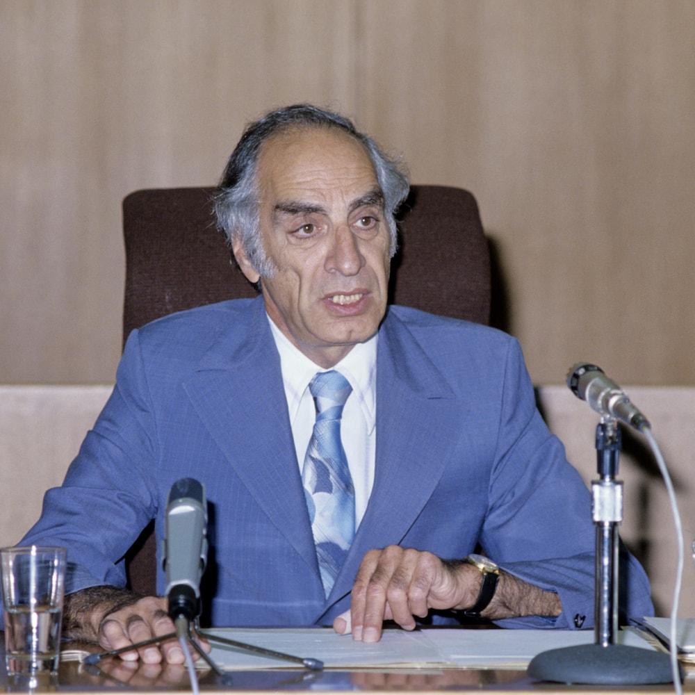 Le juge Albert Malouf, lors d'audiences de la commission d'enquête sur le coût des Jeux olympiques de Montréal de 1976, qu'il a présidée.