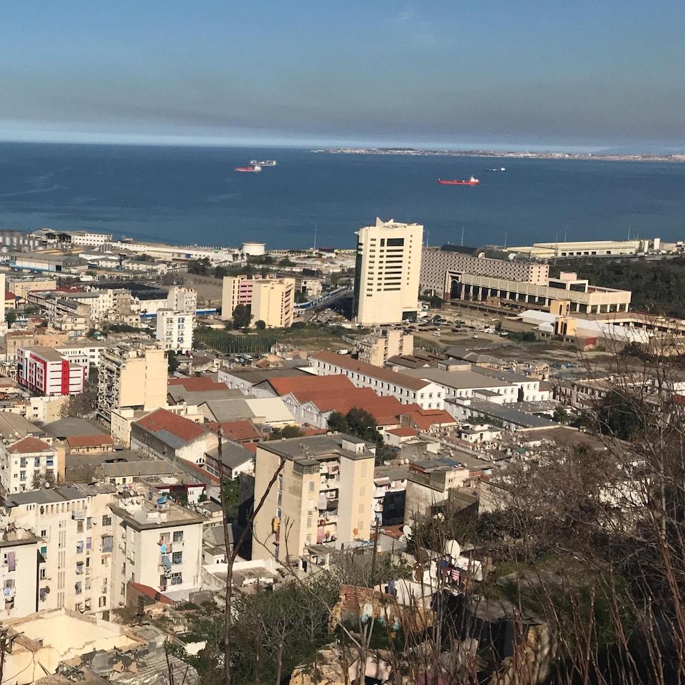 La baie d'Alger, en mars 2020.