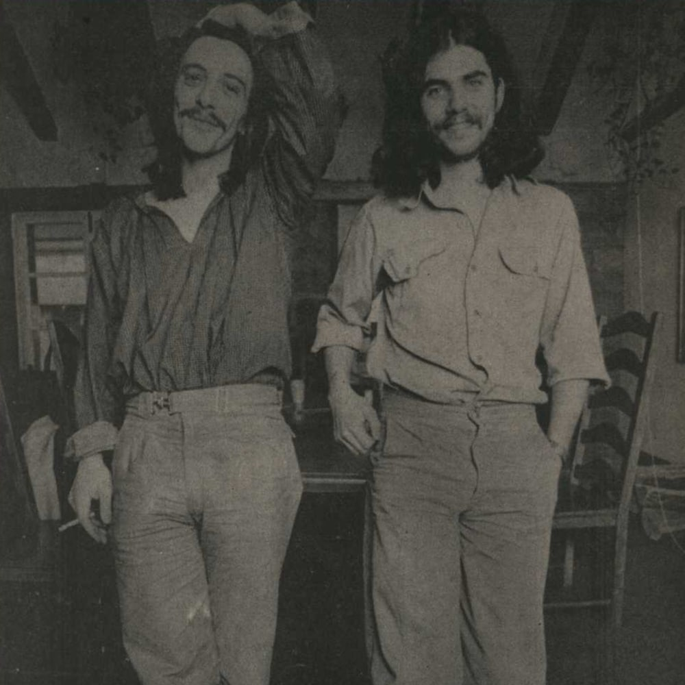 Serge Fiori et Richard Séguin prennent la pose pour le magazine «Québec Rock» en 1978.