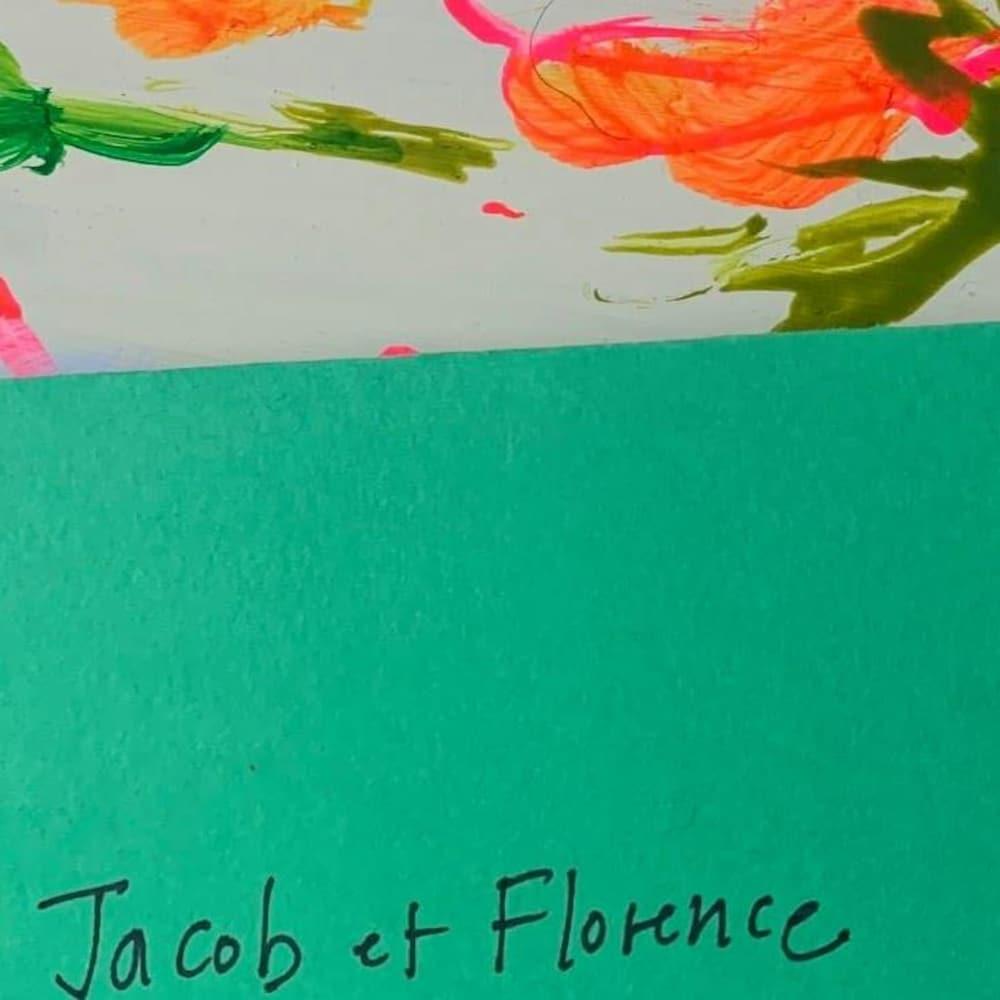 Une enveloppe dans laquelle les œuvres sont envoyées.