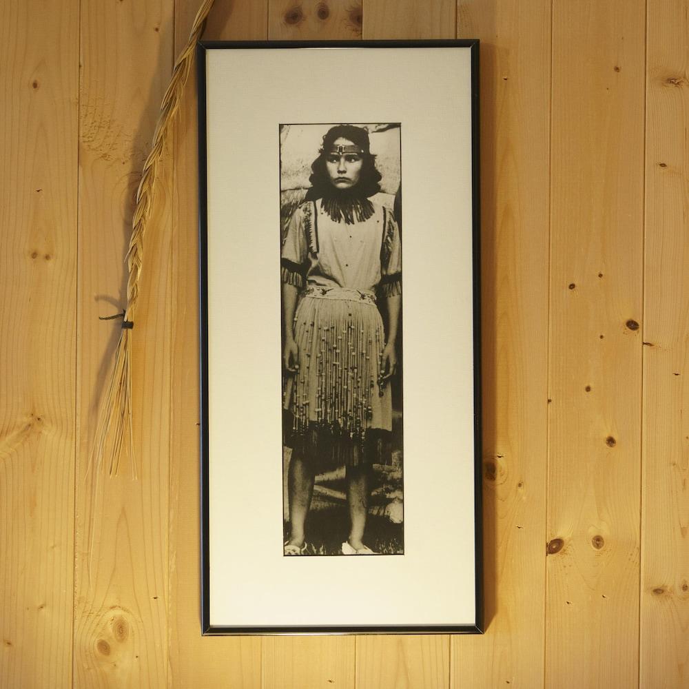 Priscilla Watso (la mère de Jacques) en 1959 alors âgée de 14 ans lors du premier pow-wow à Odanak.